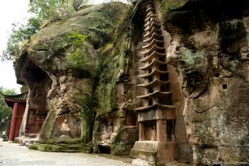 安岳石刻之石窟雕像