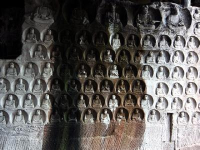 安岳石刻石壁造像